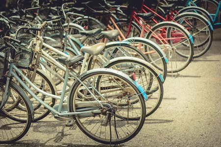 Bologna, inclusione sociale. Attività formativa per ciclisti migranti