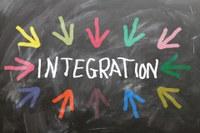 Modena, l'immigrazione a scuola e nelle imprese