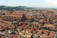 Mille case per Bologna: un maxi piano sociale da 61 milioni di euro