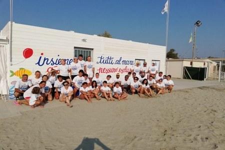 Punta Marina, la spiaggia per disabili gravi gestita da volontari raddoppia