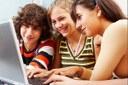 Social, amici, scuola: la fotografia degli adolescenti bolognesi