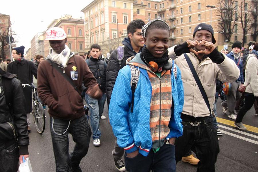 Giovanistranieri_fotodelCoordinamentomigrantiBologna.jpg